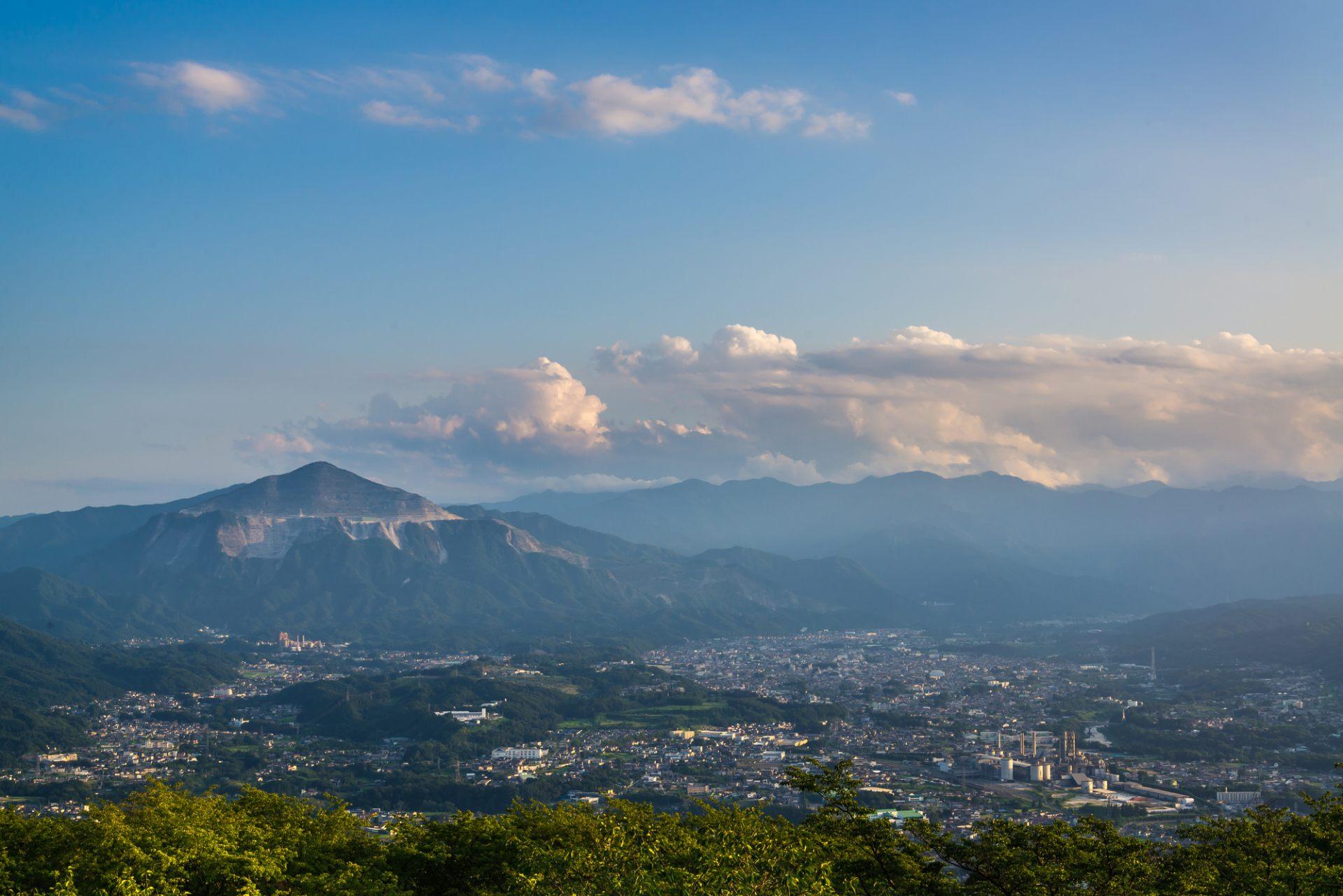 位於美麗武甲山山麓的秩父市