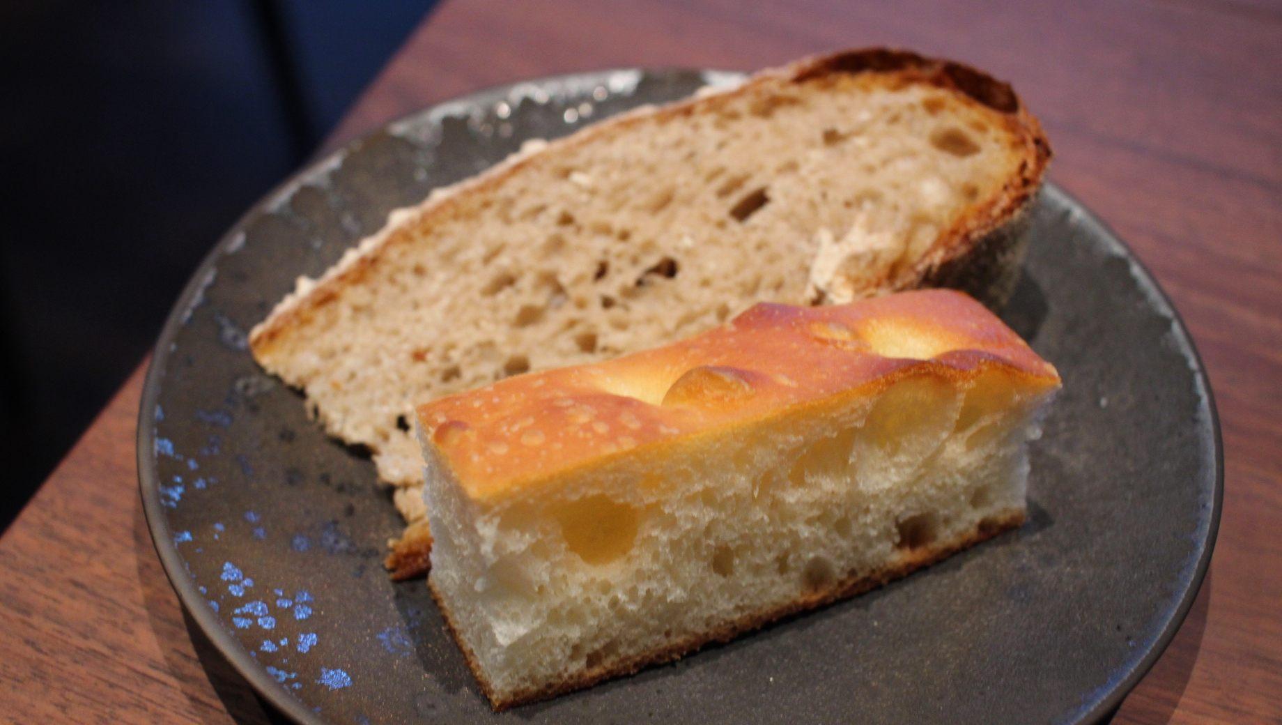 法式长棍面包与福克西亚面包