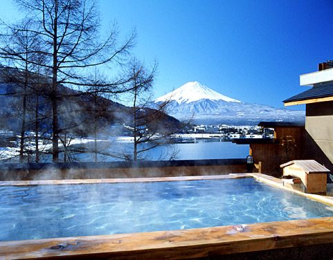 Heat Up Your Body to the Very Core in This Quality Onsen