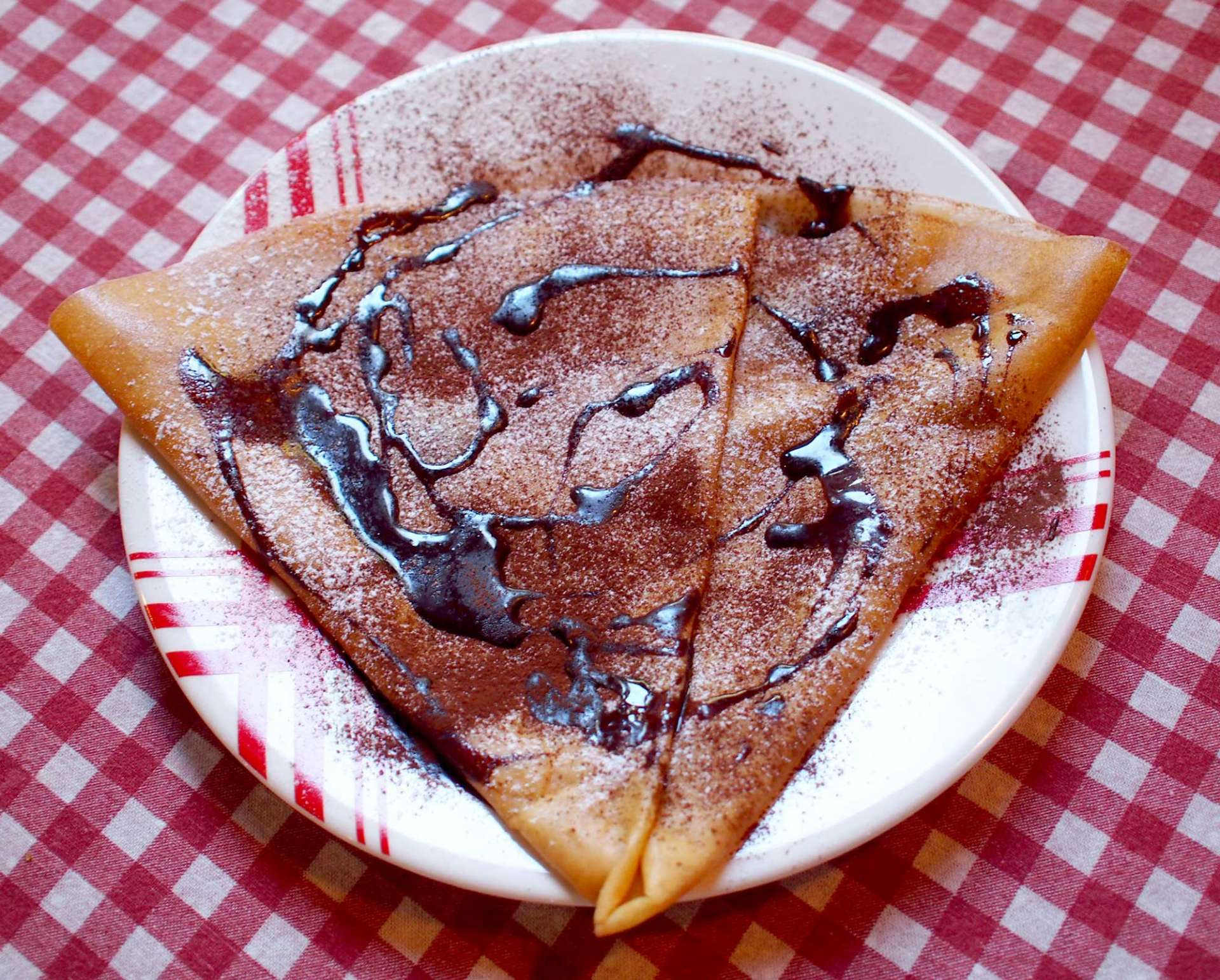 The Chocolate and Almond Crêpe  ¥650