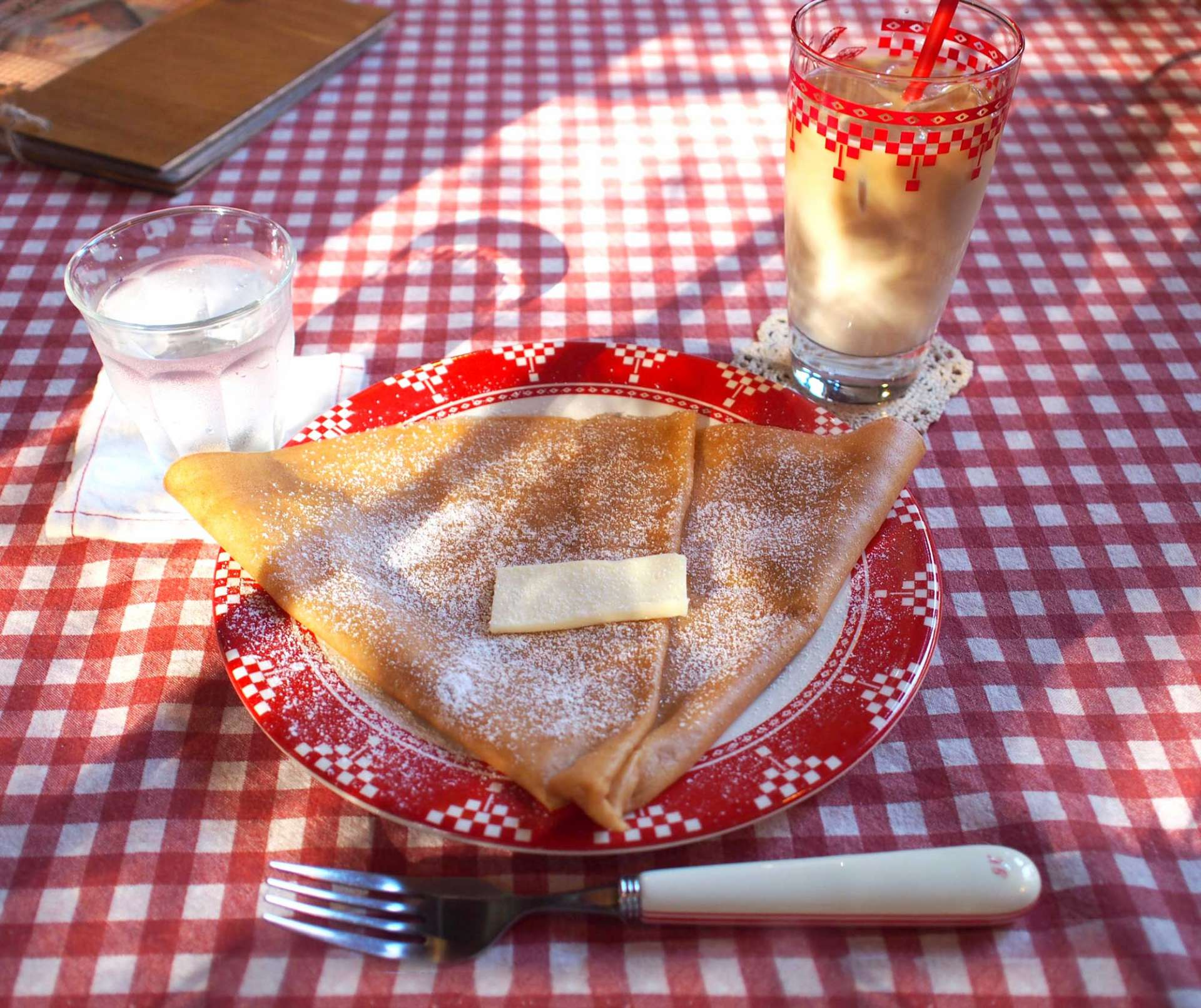 The Butter and Sugar Crêpe ¥500, with Iced Cafe au Lait