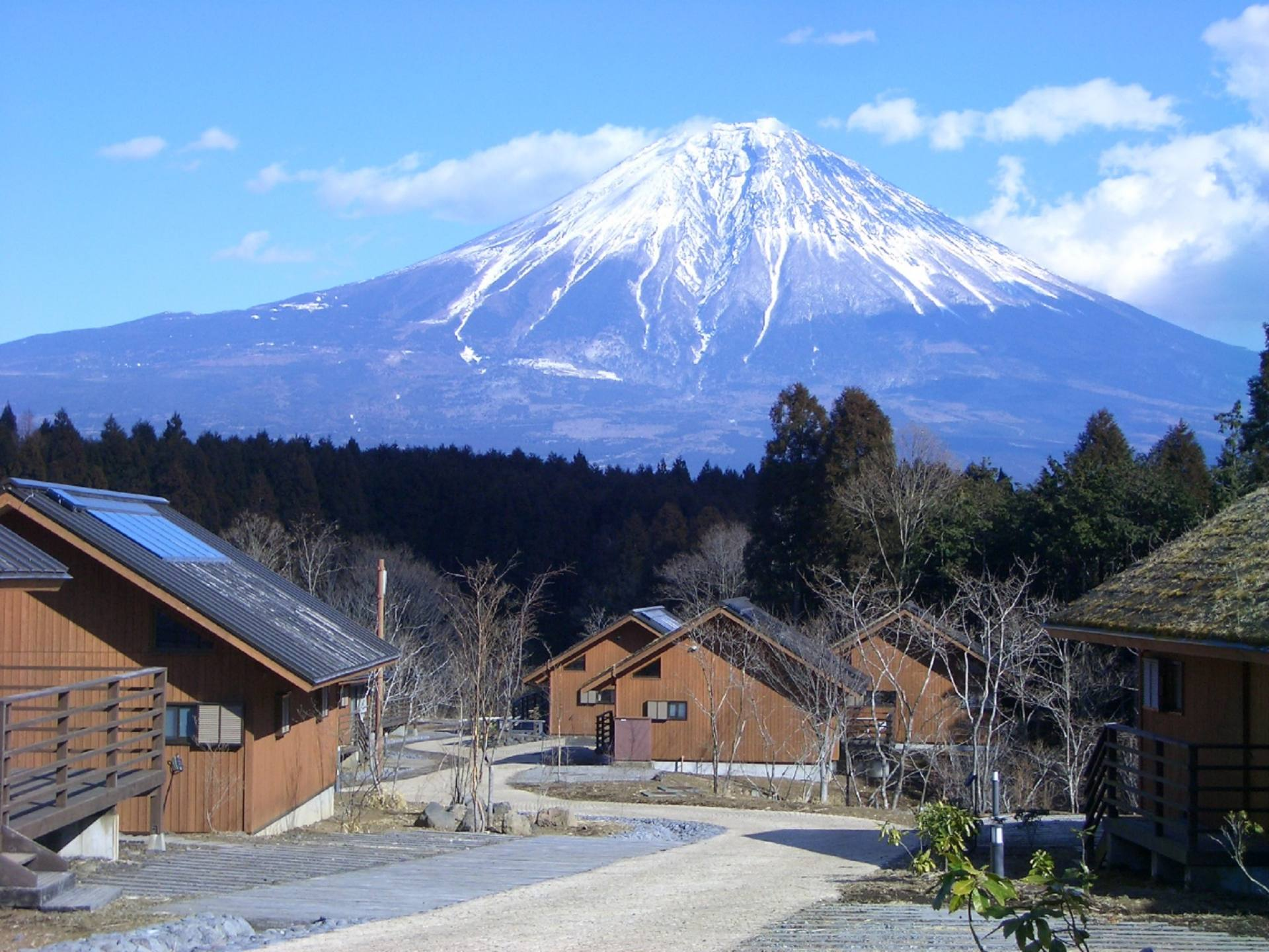 Cottages and Mt. Fuji