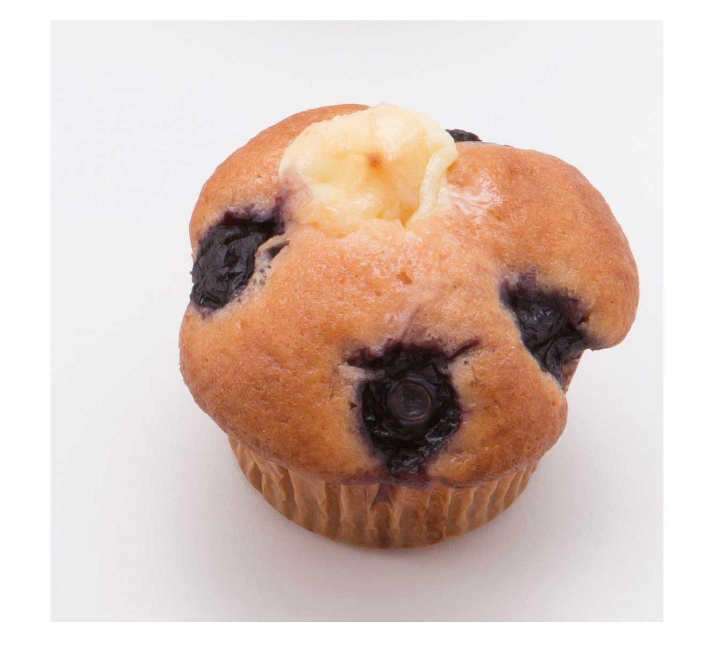 Blueberry & Cream Cheese Muffin (260 yen each)