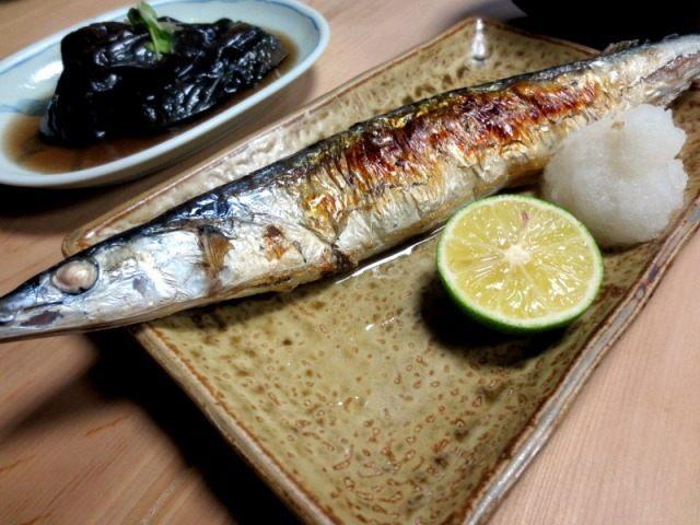 鹽烤秋刀魚 600日圓