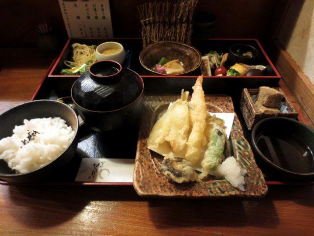 享受季節家常菜「はんなり(HANNARI)天王寺店」