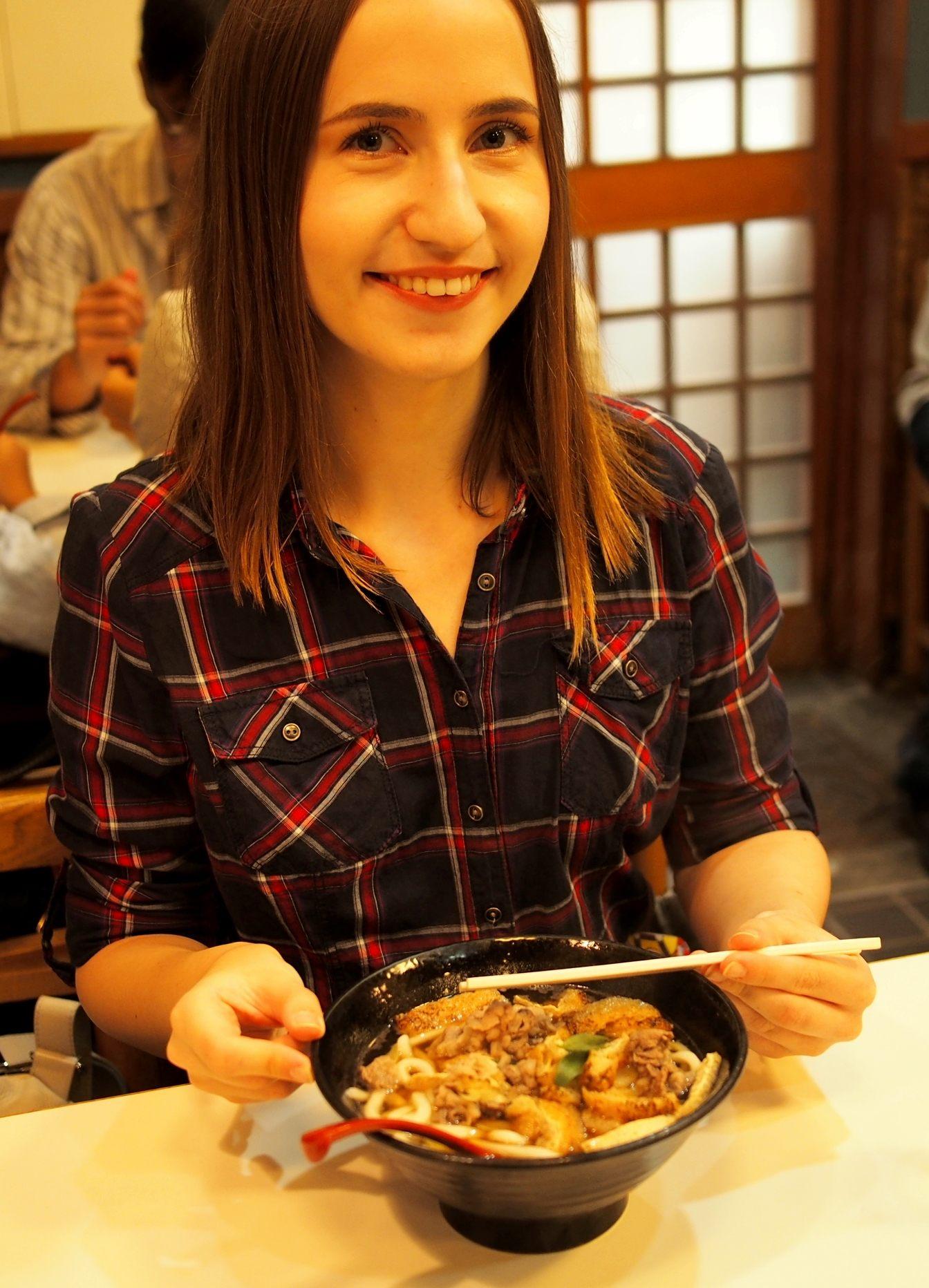 味道雅緻的大阪烏龍麵令人滿意