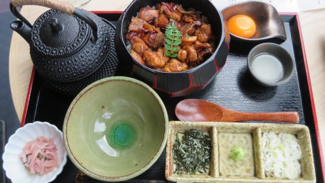 在银座的「银座KASHIWA」享受比内地鸡午餐