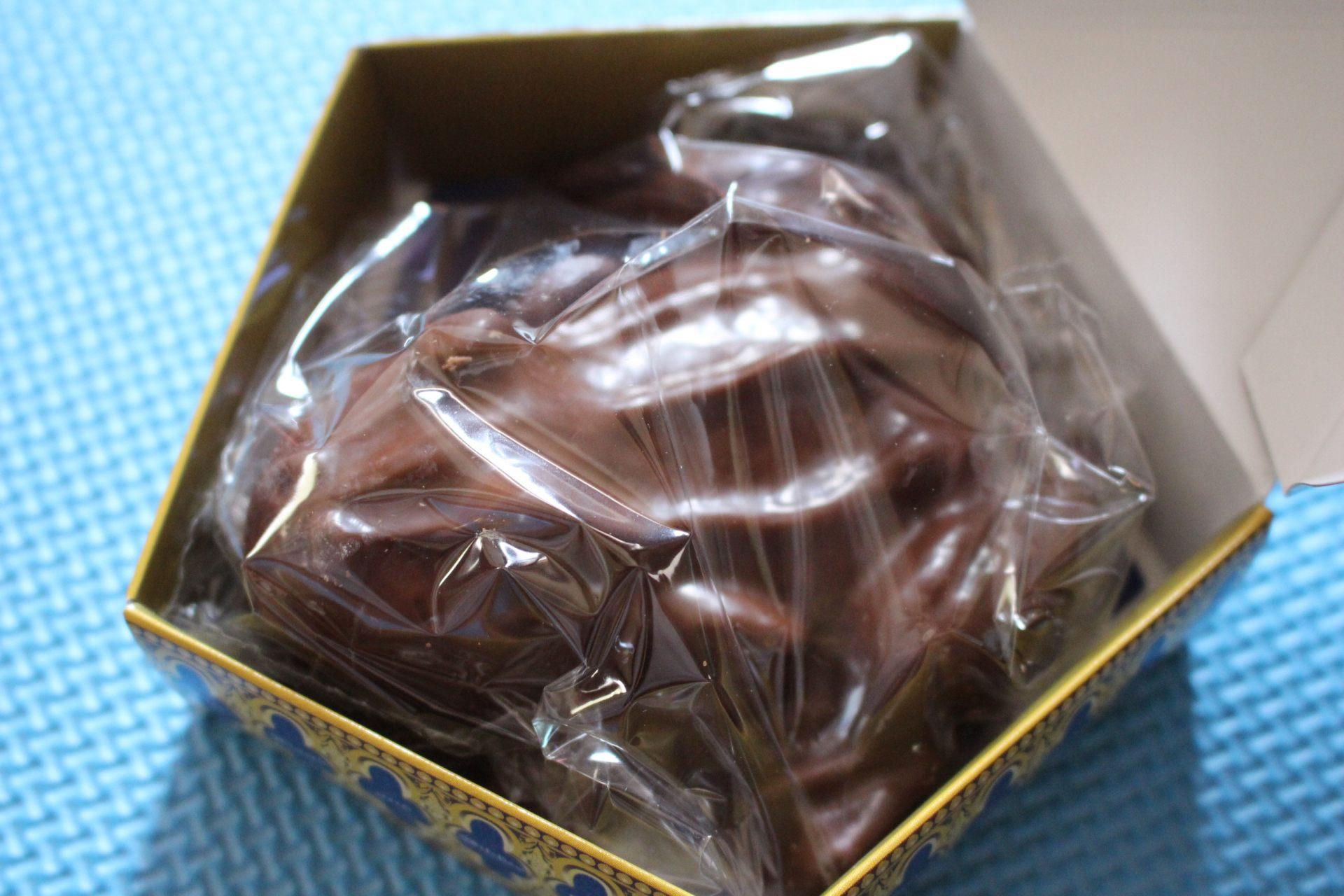 用塑料袋包装的巧克力蛙