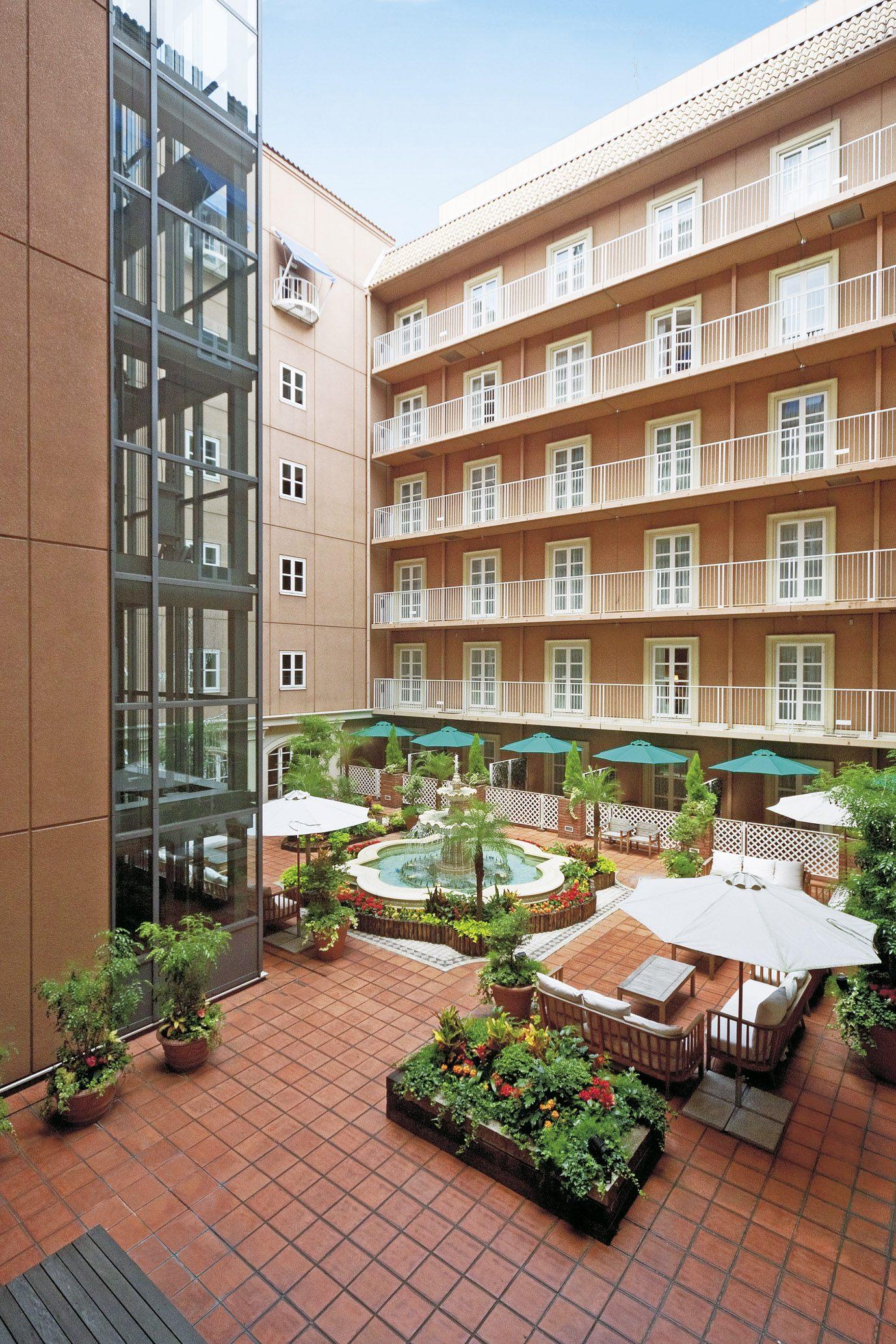 飯店的庭園景色
