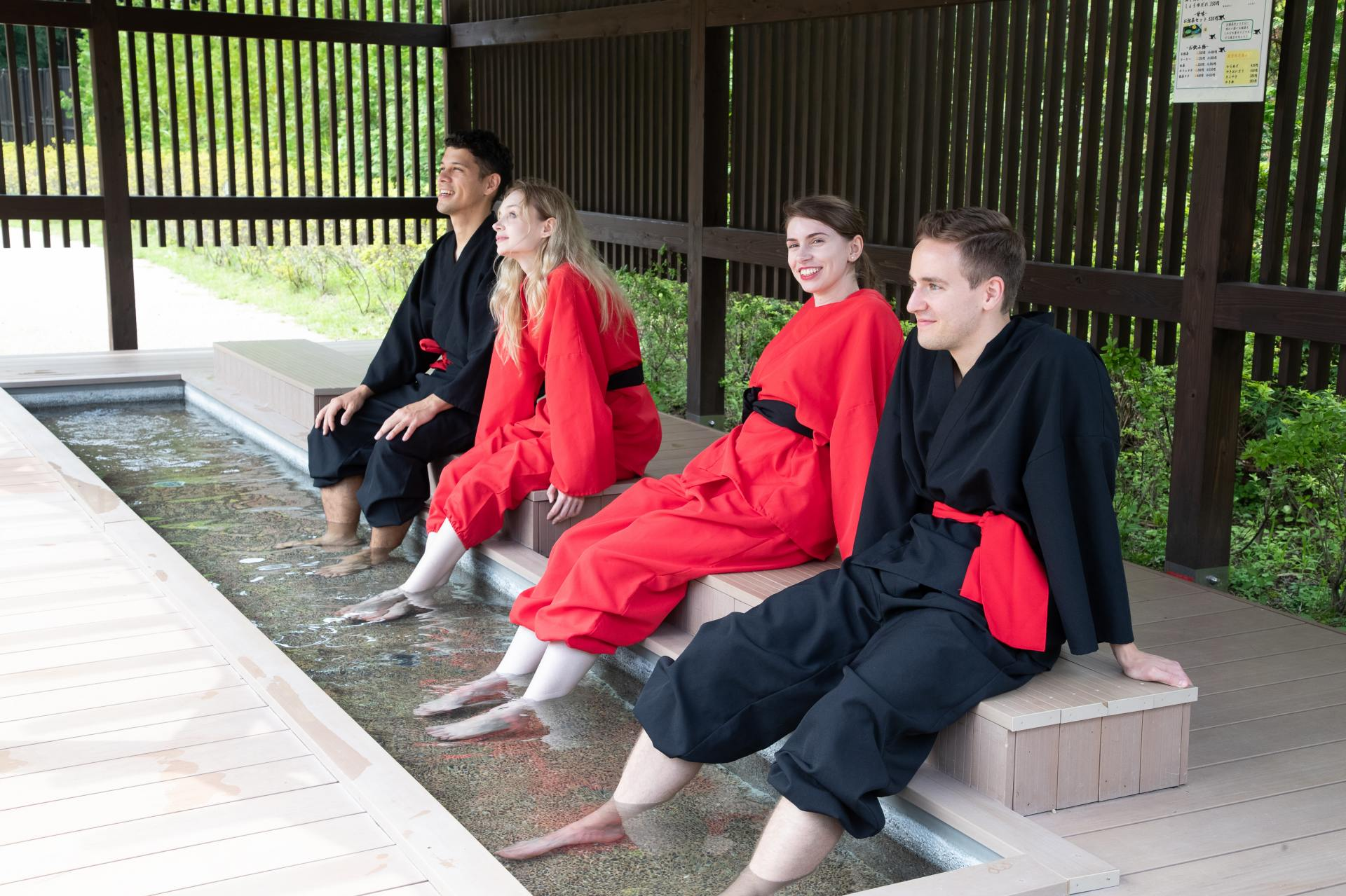 Soak in the foot baths while gazing at Mt. Fuji