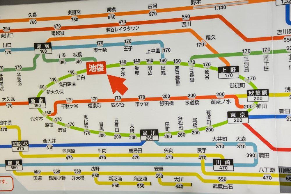 各大剪票口附近的路線圖上有標註JR線的車票費用