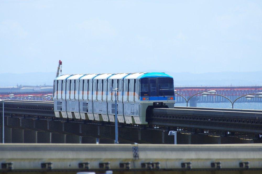 講求順暢舒適度的話就是「東京單軌電車」