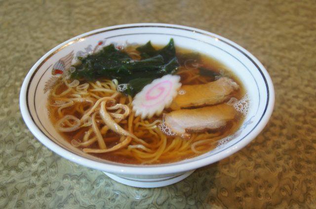 拉面 (620日元)