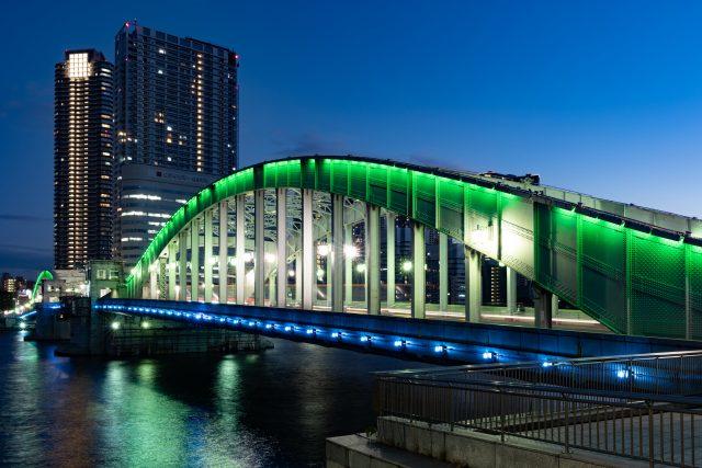 夜間點燈的勝鬨橋