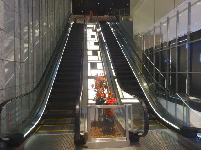 2樓 電梯