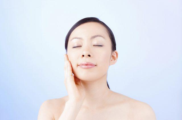 洗脸卸妆后使用CHIFURE让肌肤充分保持光滑亮泽
