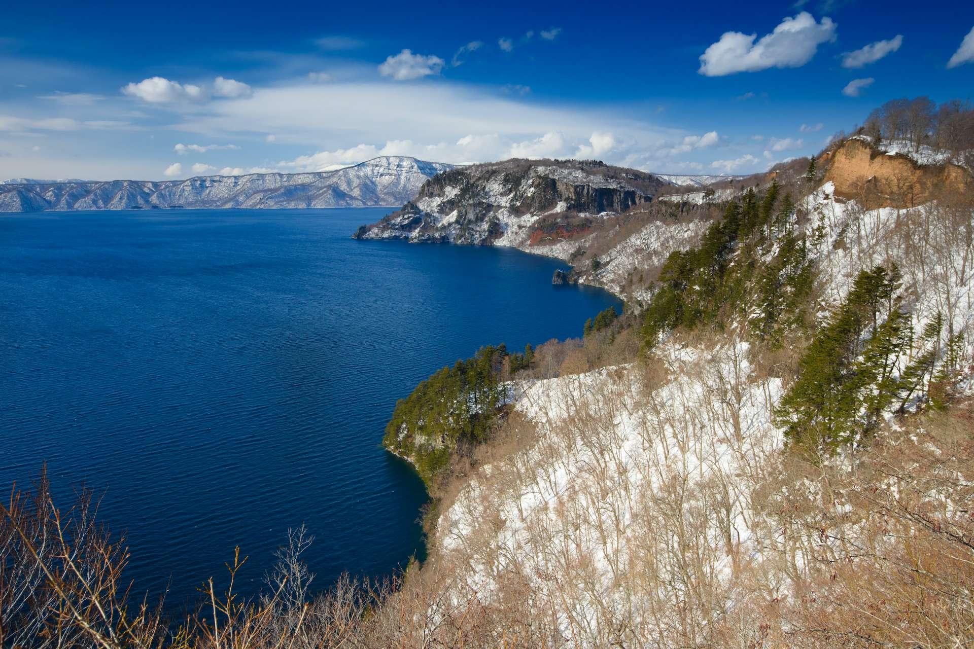 日本东北地区代表性的观光景点:十和田湖