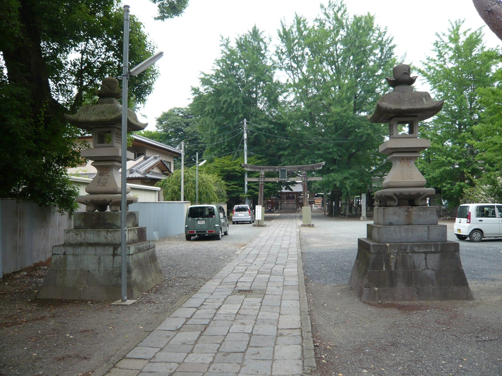 """The road to the shrine has a pleasant energy (""""qi"""") throughout. The location is ideal for refreshing both the mind and body"""