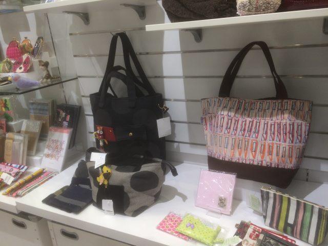 Popular and cute handbags