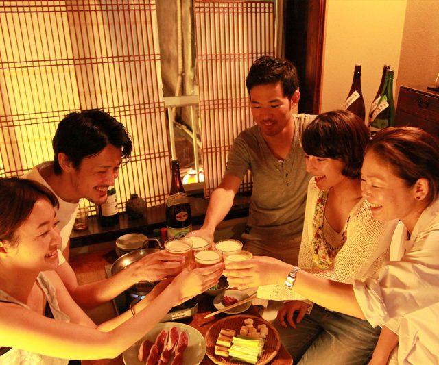 能与在地人交流互动体验深度日本,是Nonbei横丁的一大魅力