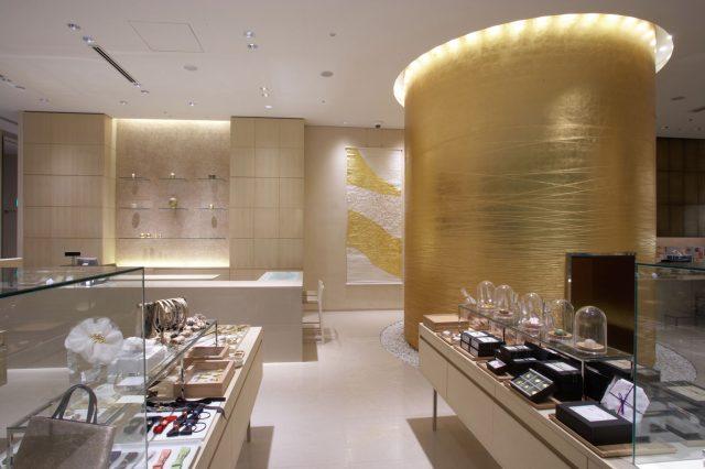 能感受金箔魅力的店內裝飾也值得欣賞