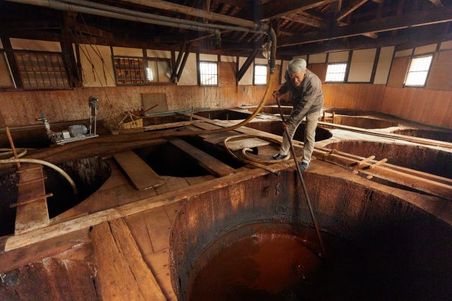 The Tsuneoka Main Soy Sauce Brewery continues to maintain a traditional recipe that uses cedar tubs.