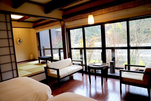 Furnished with Simmons beds. Japanese-Western style interior with tatami-matted areas.