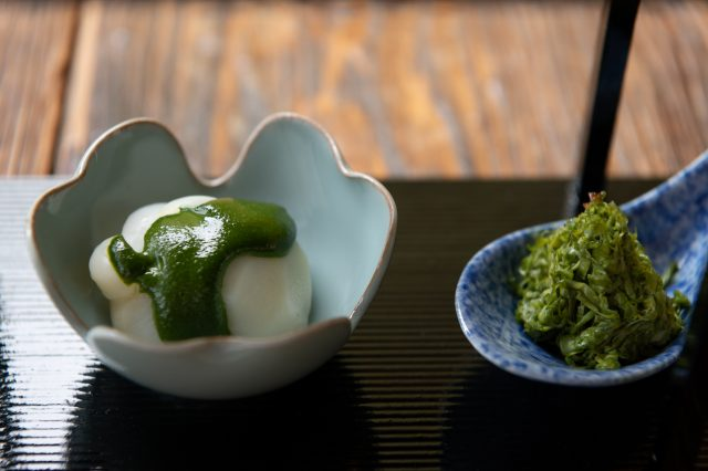 Lily bulb topped with matcha, fresh tofu skin, and crab with matcha dressing.