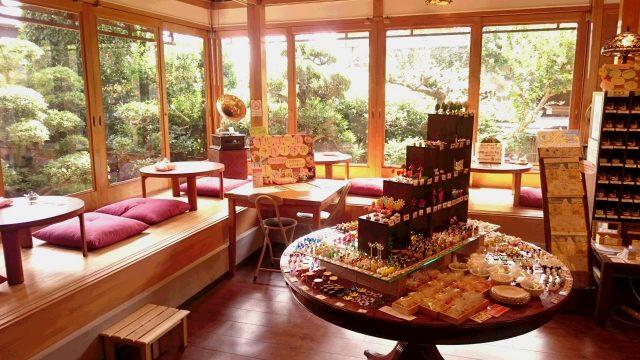 座墊與日式小圓桌的製作體驗區