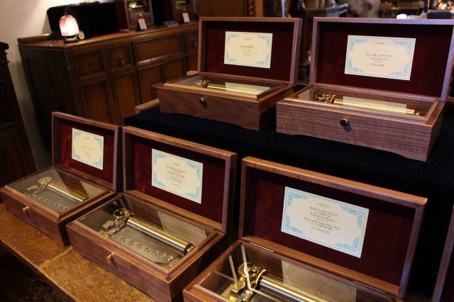 種類非常多的音樂盒